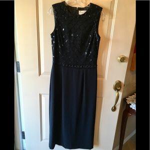 Beautiful beaded top black dress sz M